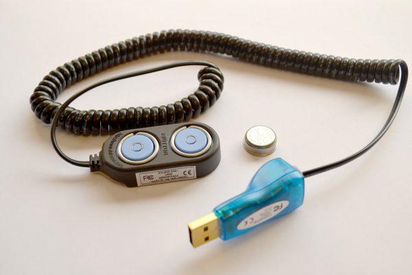 lector y cable retenedor